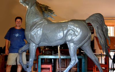 The artist is currently busy with a large Arabian horse project in Dubai.